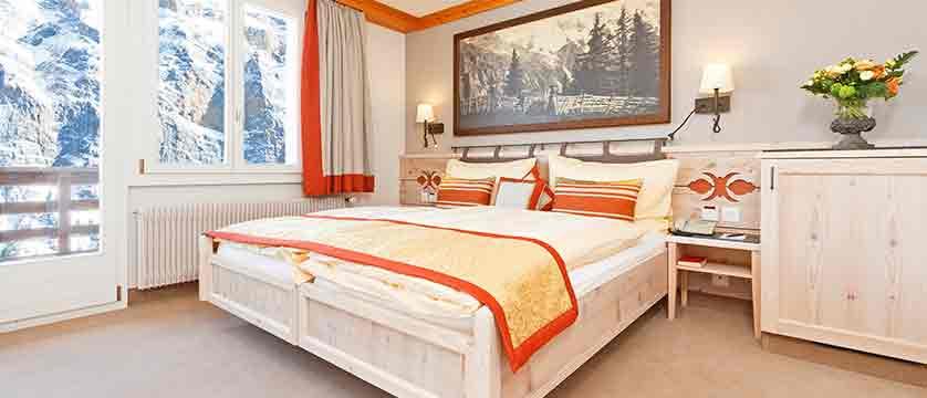 Switzerland_Murren_Hotel-Eiger_Superior-double-bedroom.jpg